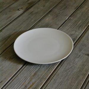 idée de support en porcelaine assiette à dessert