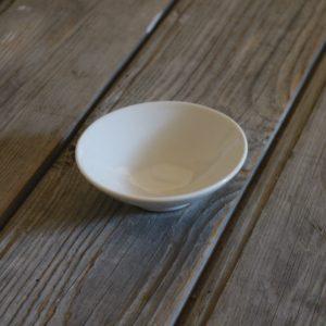 idée de support en porcelaine petite coupelle ronde