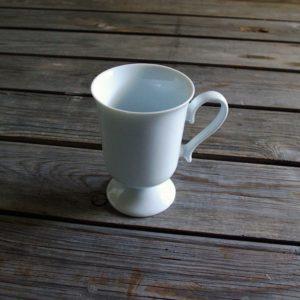 idée de support en porcelaine mug à talon