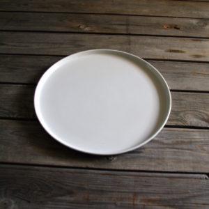 idée de support en porcelaine plat à tarte