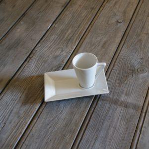 idée de support en porcelaine tasse à café gourmand